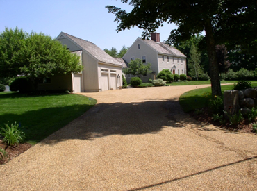 Stone chip driveway paving in New Hampshire